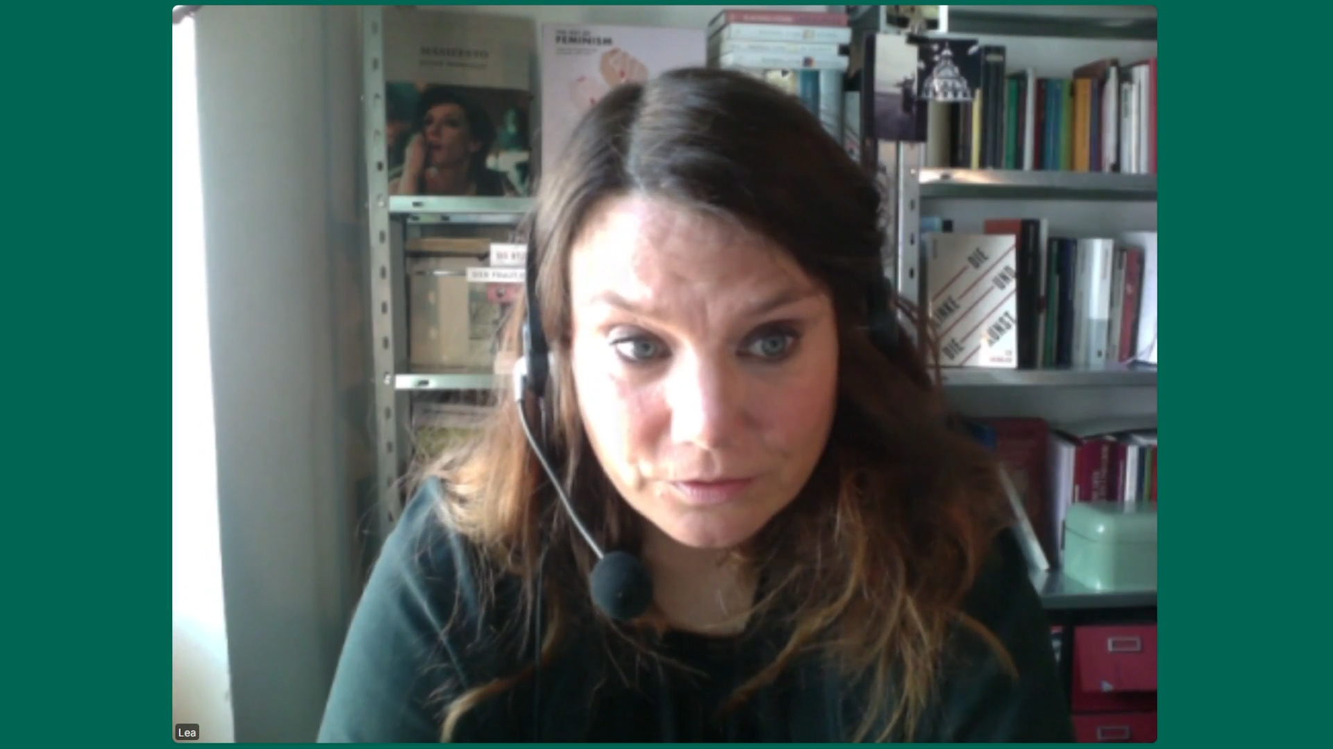 Wassermair sucht den Notausgang – Gast: Lea Susemichel
